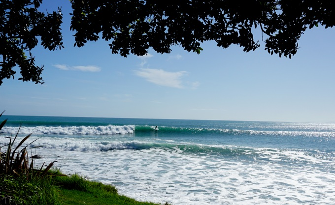 Surf and stay in Raglan New Zealand